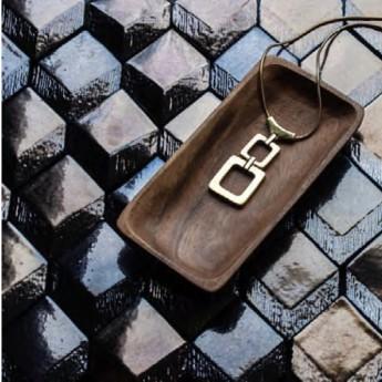 RR Gold ceramic tile